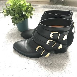 Forever 21 Black & Gold Booties